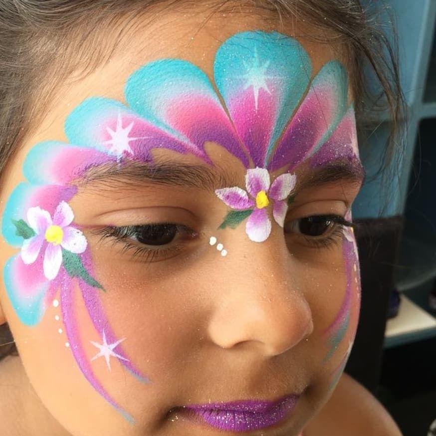 عرض خاص الرسم على الوجه مصمم Call Me Or Whatsapp 965 67789389 خدمه منازل اتصال وات ساب هذا Welcome Special Offe Girl Face Painting Face Painting Body Painting