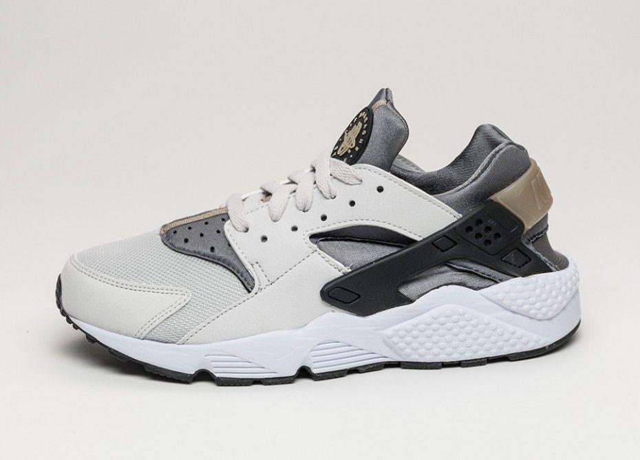 Nike Air Huarache (light ash grey / black - cool grey) | Nike air ...