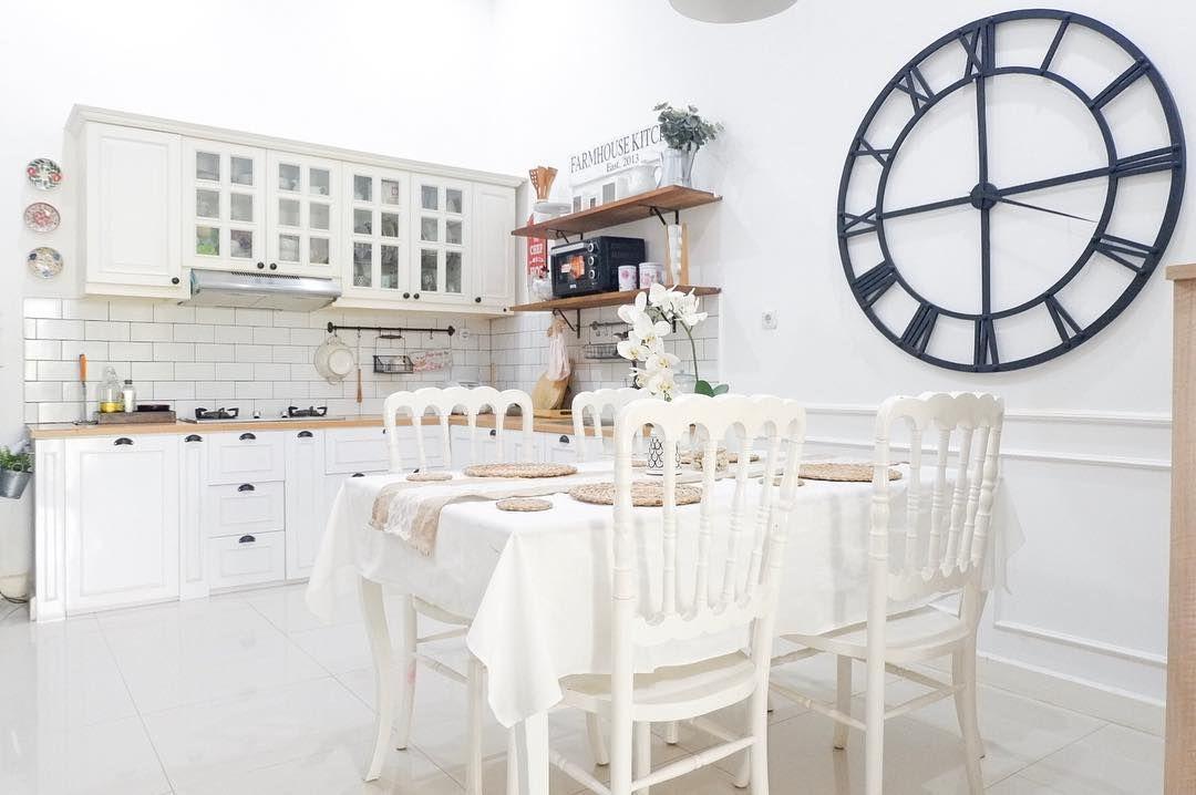 Desain Interior Dapur Dan Ruang Makan Scandinavian Yang Menyatu Serba Putih Dan Cantik Inspirasi Desain Rumah Ter Di 2020 Interior Desain Interior Ide Dekorasi Rumah