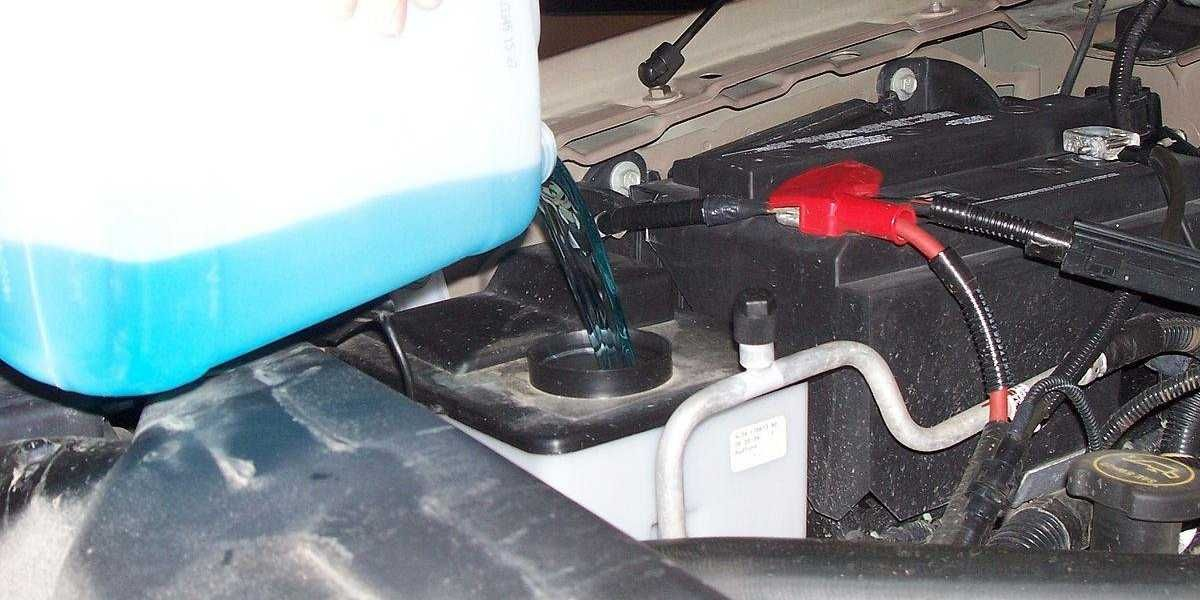Car Windshield Cleaning Fluid Carries Deadly Bacteria