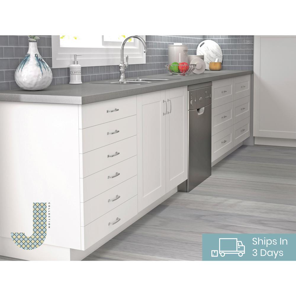 J Collection Shaker Assembled 30x34 5x24 In 3 Drawer Base Cabinet With 10 In Metal Drawer Boxes In Vanilla White B3da30 Ws The Home Depot Base Cabinets Dream Kitchen Layout Metal Drawers