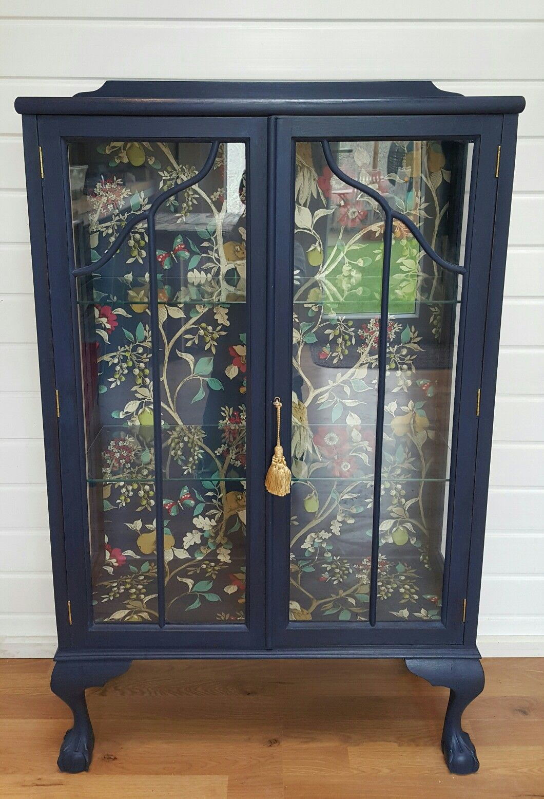 Stunning vintage display cabinet in Frenchic Hornblower with