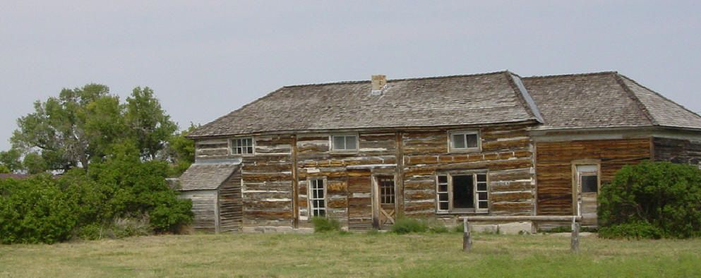 Known As Fort Hat Creek The Original Portion Of This Building Once Served As A Stagecoach Stop On The Cheyenne Deadwood Sta Mountain States Wyoming Cheyenne
