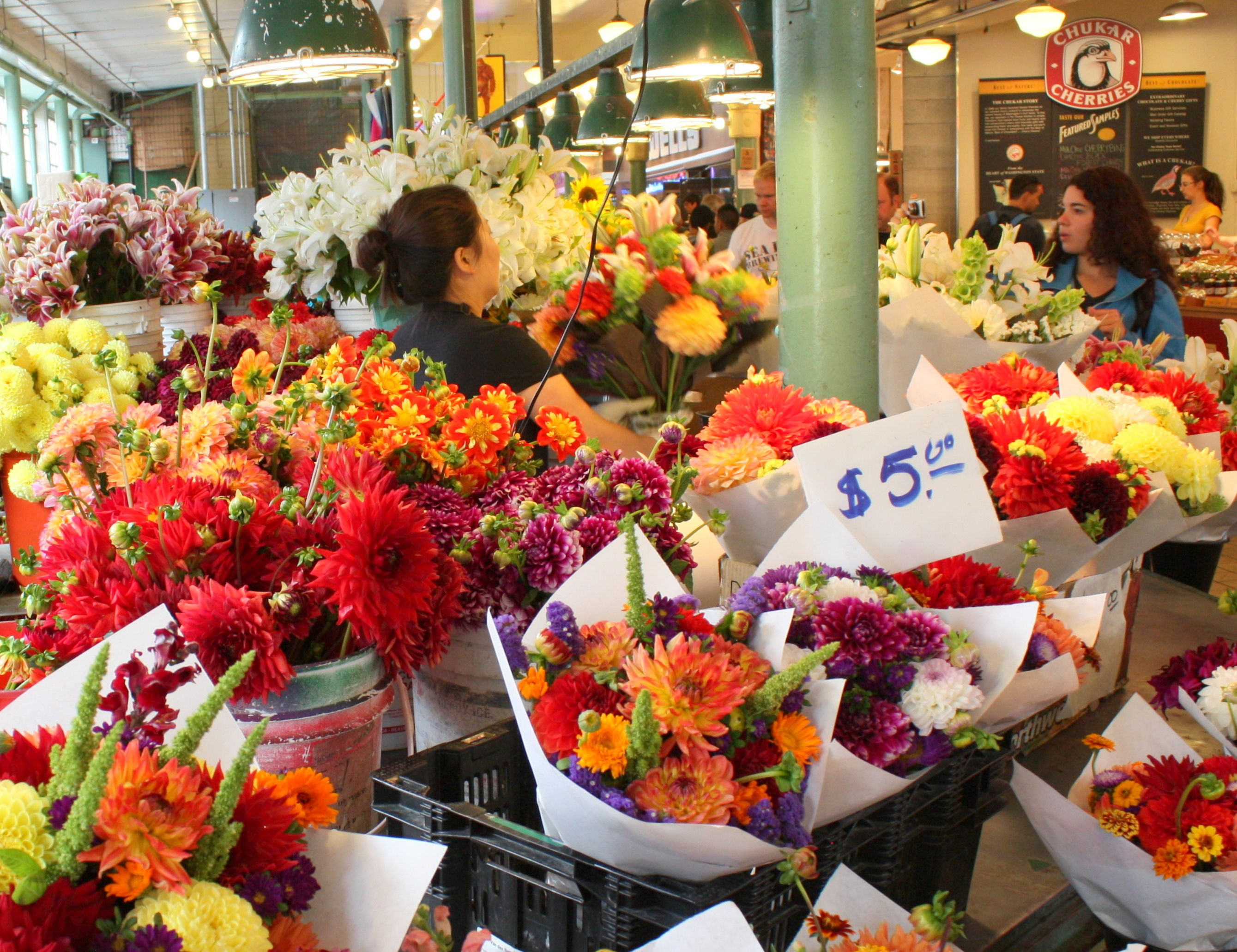 seattle market | seattle's pike place market | antonio