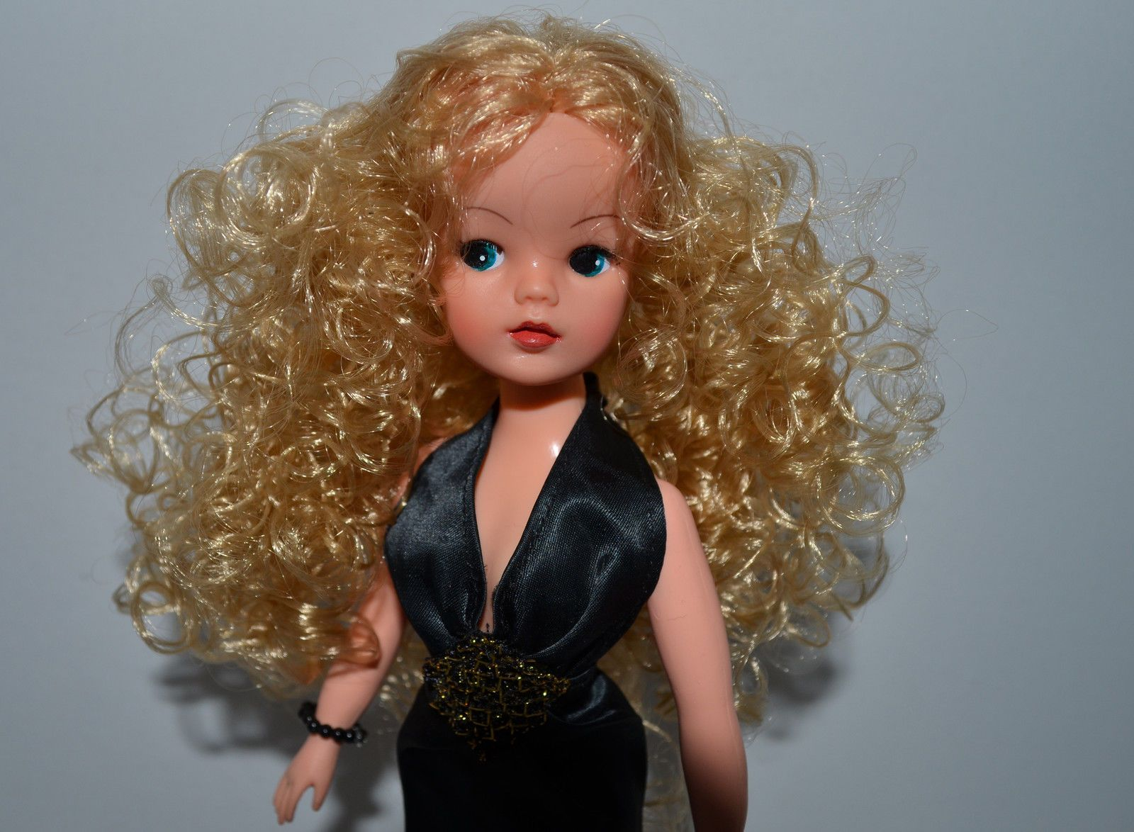 Find great deals on ebay for barbie hair extensions doll barbie light - Gorgeous Ooak Green Eyed Sindy Pedigree Ooak Doll Outfit Shoes Ebay Sindy Doll