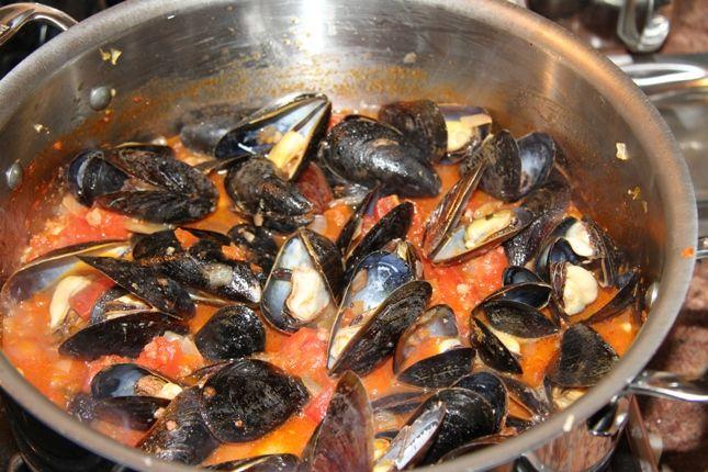 Zuppa Di Cozze Alla Tarantina Ricetta Ricette Food Mussels E