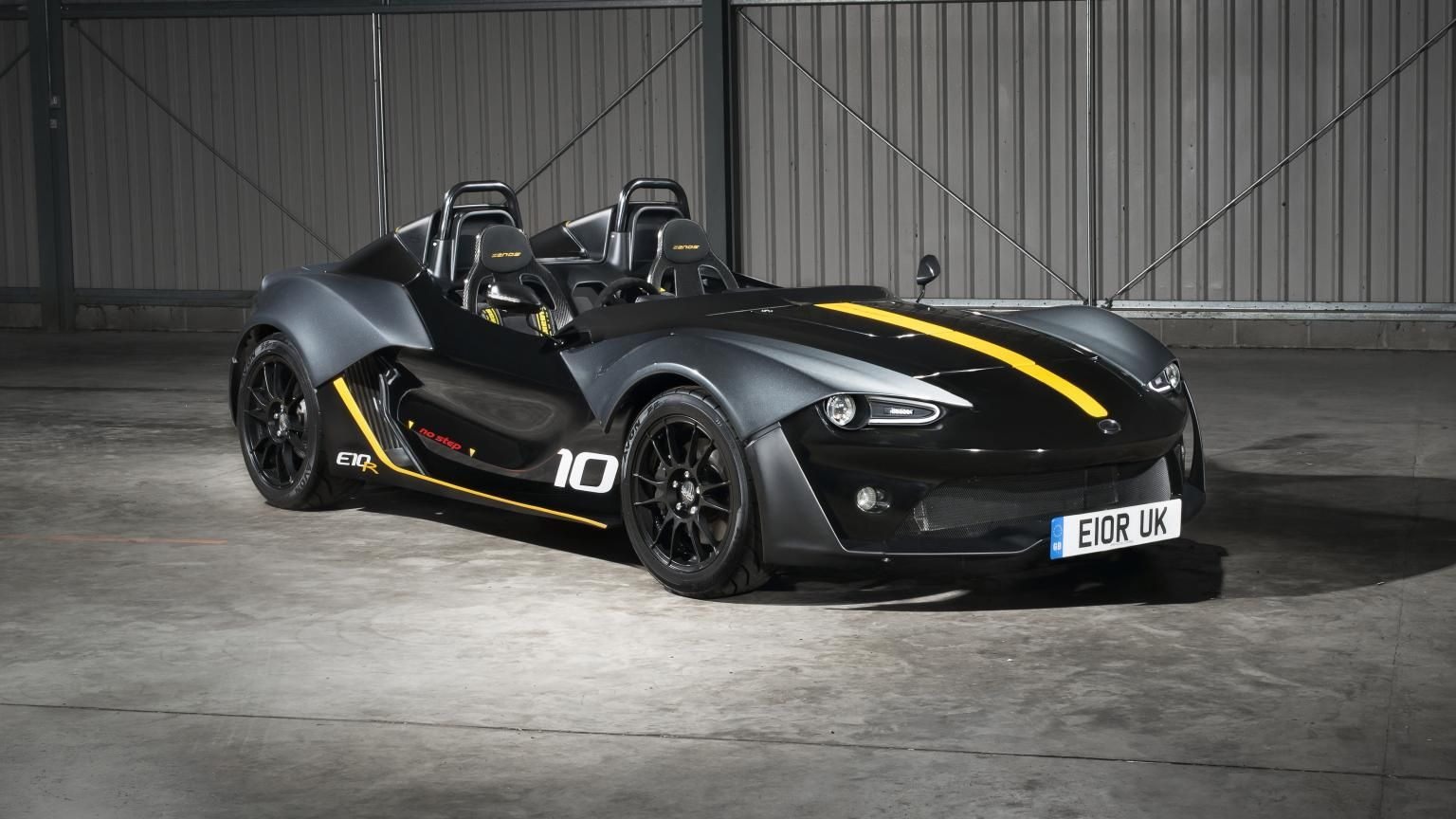 The Zenos E R Sports Car Improves Upon Perfection Supercars - Nice sports cars 2016