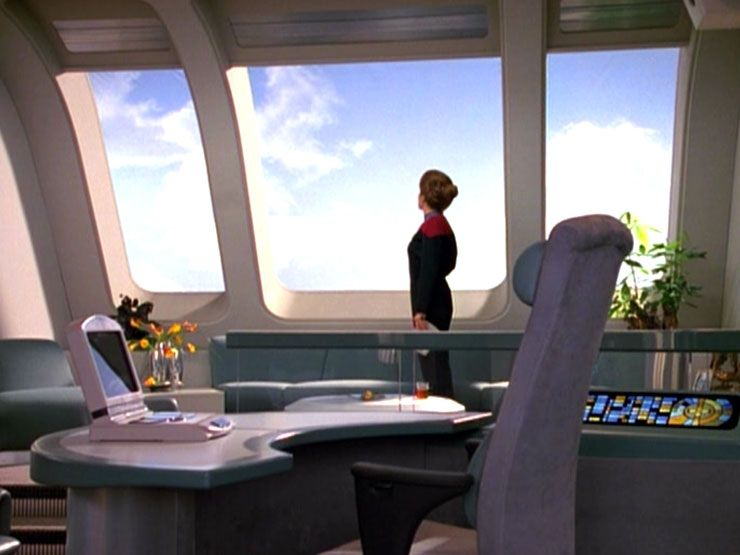 Captain S Ready Room Memory Alpha Star Trek Voyager