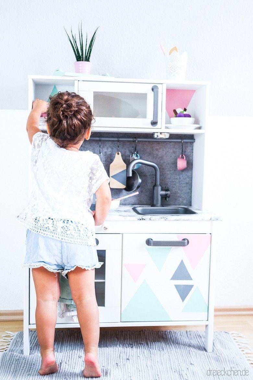 Ikea Duktig Kinderkuche Pimpen 10 Einfache Diy Tricks Fur Eure Spielkuche Babyeckchen Mama Blog Ikea Duktig Spielkuche Kinderkuche