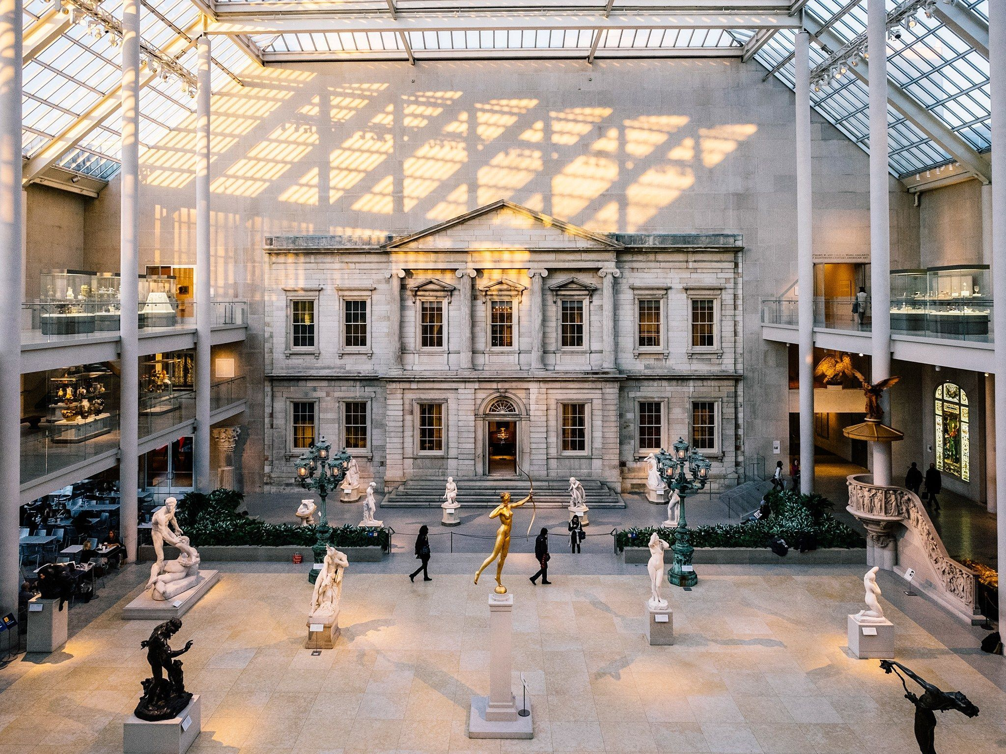 #things #best #york #stay #late #new #the #met #to #do #in #at33 Best Things to Do in New York Stay late at the MetStay late at the Met #balconybar