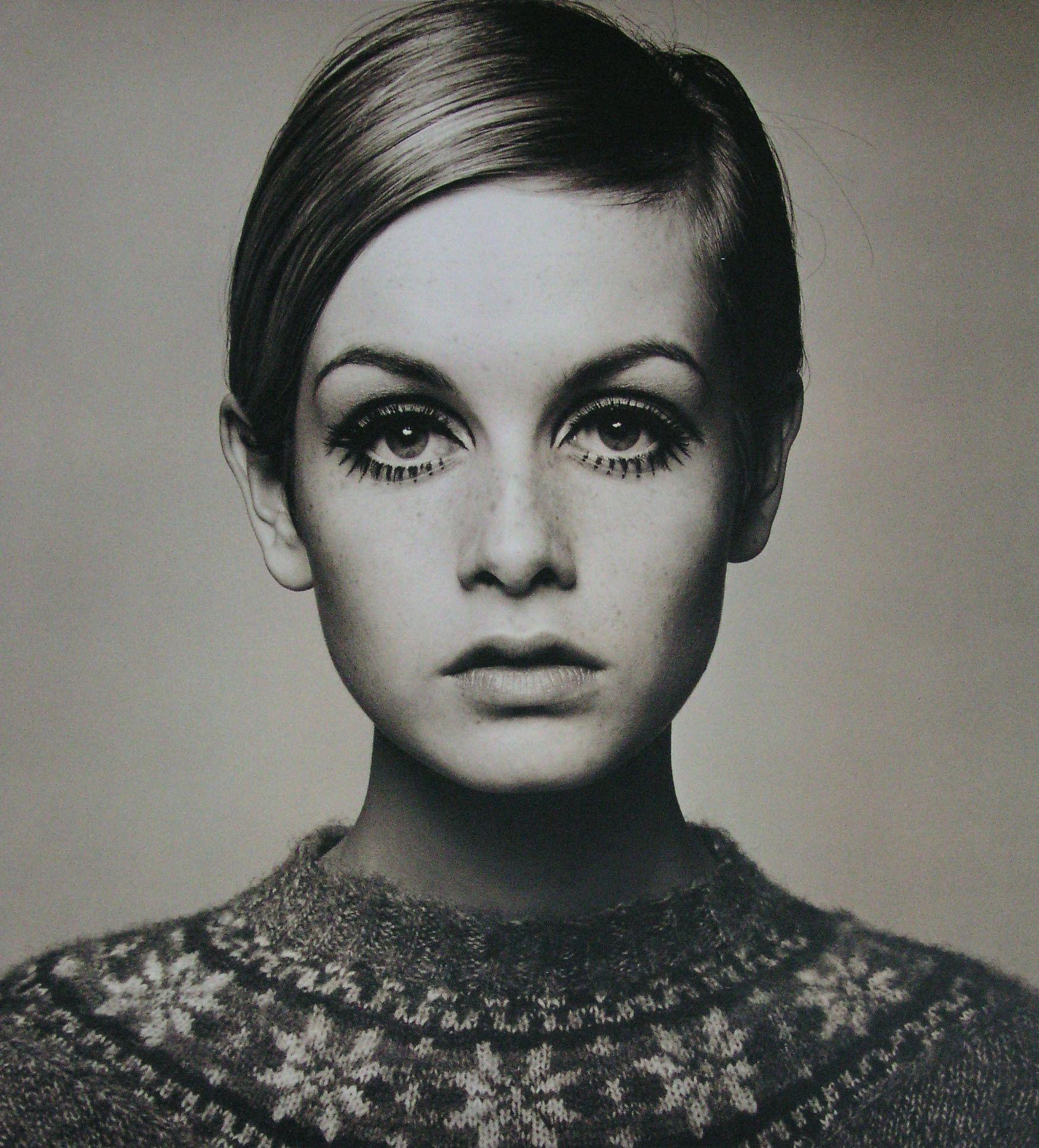 Portrait of model Twiggy by Barry Lategan 1966