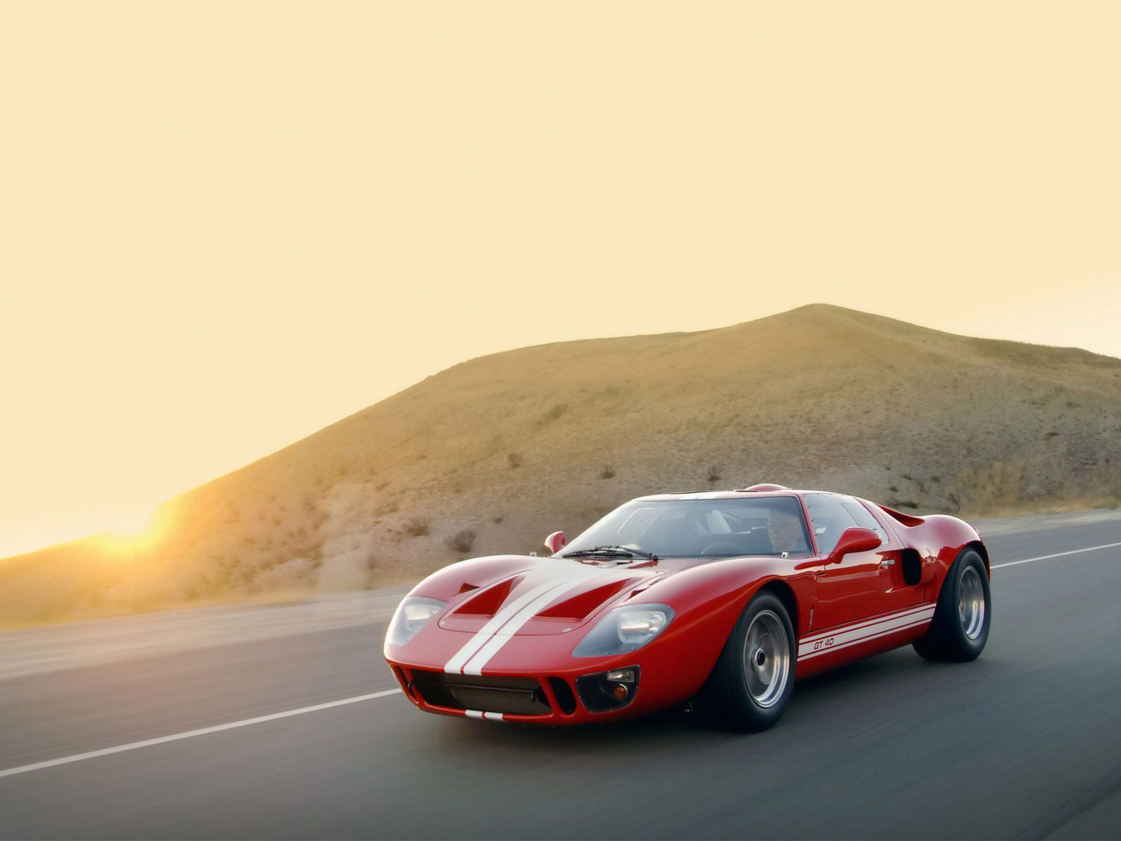 Sunset Ford Gt 40 Silodrome Ford Gt40 Ford Gt Ford