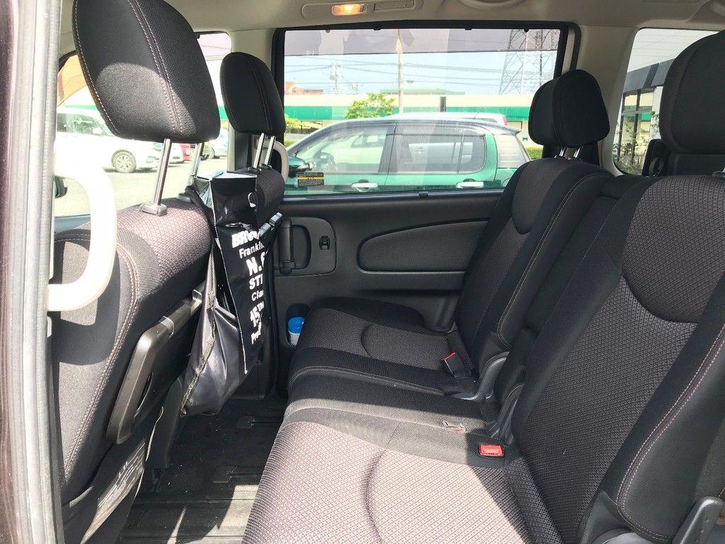 車内の ゴミ箱 問題どうしてる スッキリ目立たずしかも便利な場所はココ 2021 車 便利 車内 おしゃれ 車内 収納