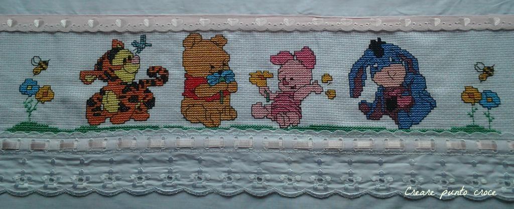 Lenzuolini winnie the pooh ed amici punto croce disney for Winnie the pooh punto croce