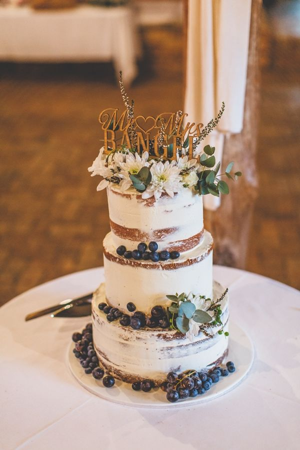 rustic wedding cake toppers australia rustic wedding in camden australia wedding displays 19581