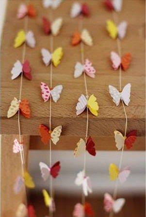decoracin de una habitacin con cortinas de mariposas de papel