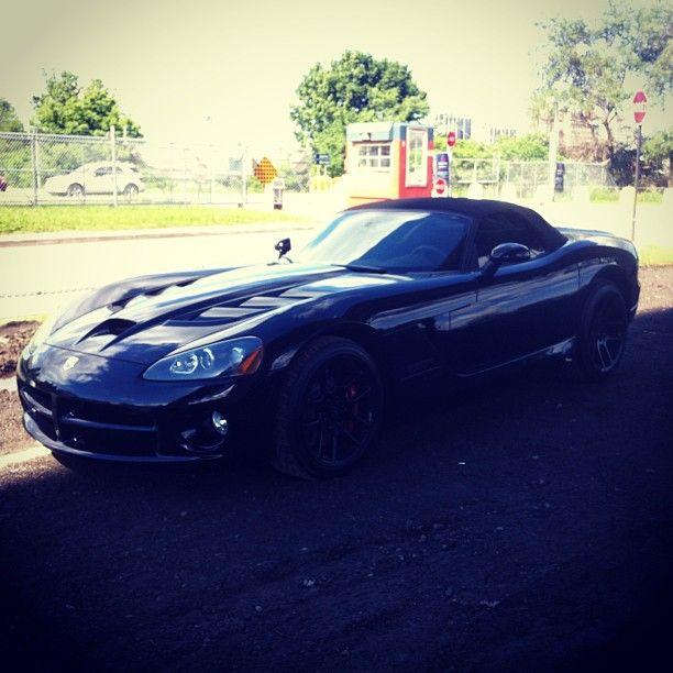 www.CarCritics.ca - Car Critics instagram - Batman's weekend toy. A black stealth Dodge Viper. #dodge #viper #dodgeviper #montreal #carcritics #car #batman #awesome