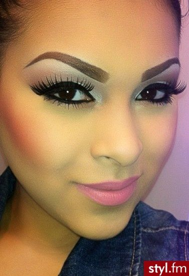 Winged Eyeliner, Eyebrow And Makeup
