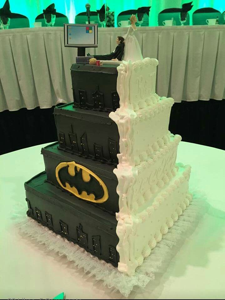 Batman wedding cake Wedding Pinterest Batman wedding