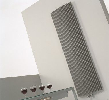 Design Heizkörper Wohnzimmer 240 cm hoch Der freistehender