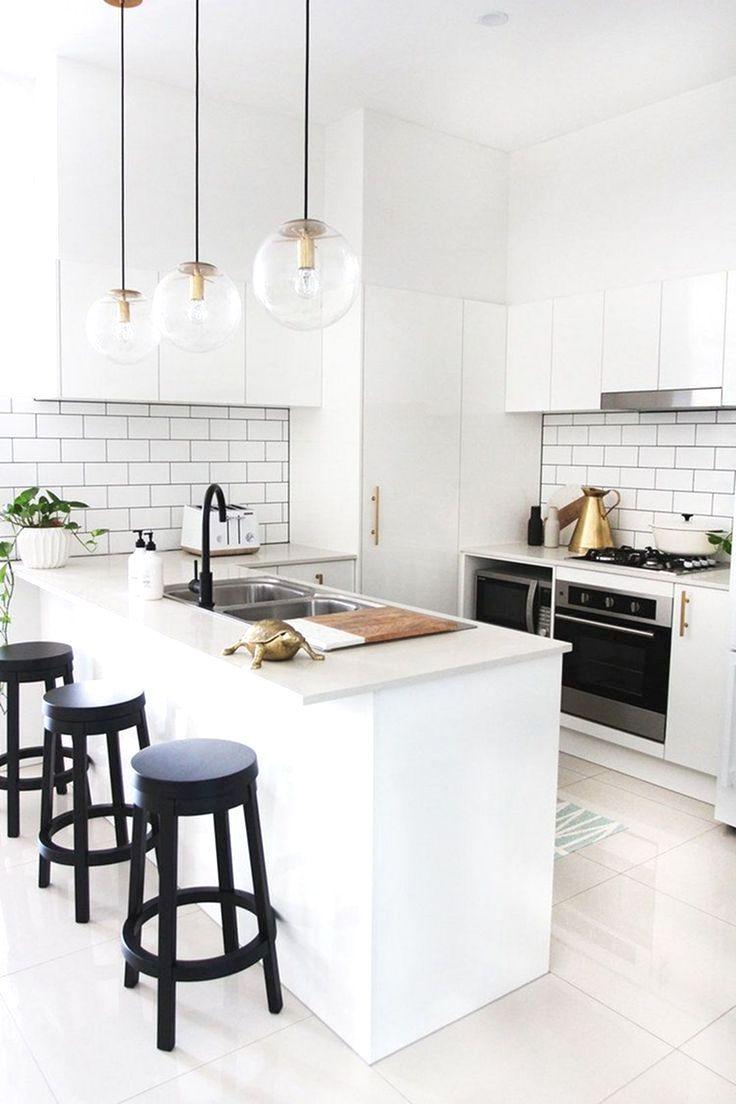 10 Elegant White Kitchen Design Ideas For More Comfortable In 2020 Simple Kitchen Design White Modern Kitchen Small White Kitchens