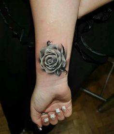 Tatoeage Roos Pols Google Zoeken Tattoo Zwarte Roos