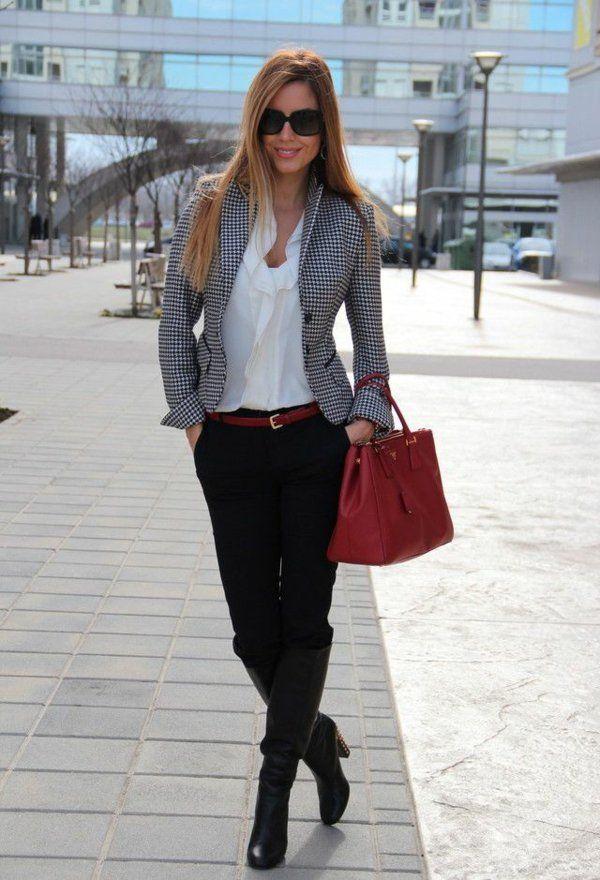 Sie Schritt Damen Mit Business Halten Aktuellsten Mode Den E2WDYeH9I
