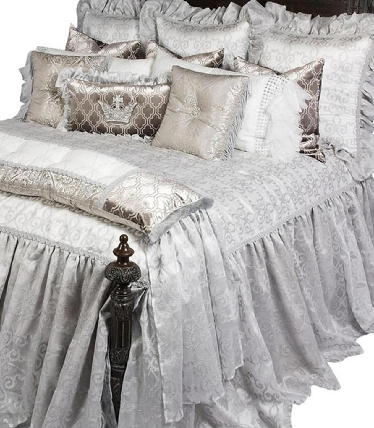 Best High End Hollywood Glam Luxury Bedding By Reilly Chance 640 x 480