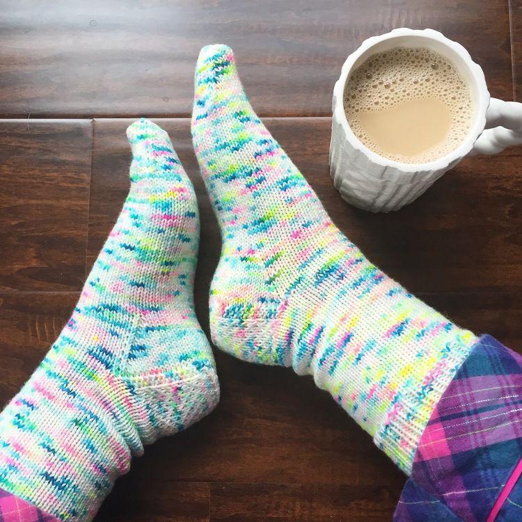 My Favorite Vanilla Socks - PDF Knitting Pattern | Tutorial Knit ...