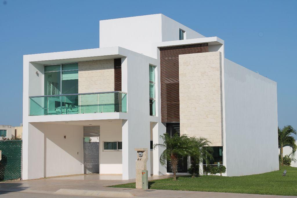 Fachadas de casas residenciales minimalistas con toque for Casa tipo minimalista