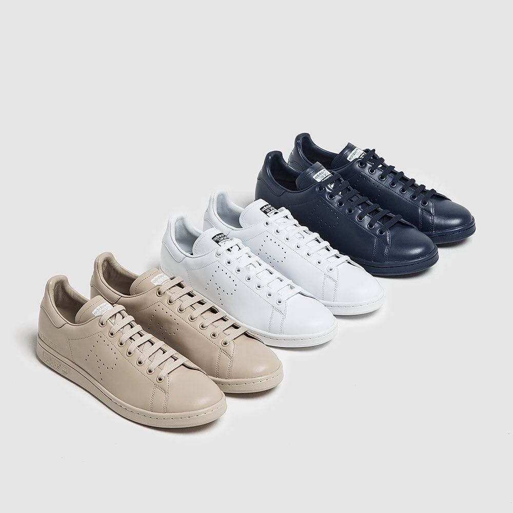 Adidas X Raf Simons Stan Smiths In White Navy And Dust Sand Mens Nike Shoes Running Sport Shoes Raf Simons Stan Smith