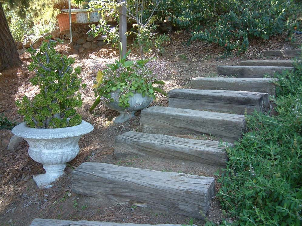 simple railroad tie steps landscape steps slopes pinterest railroad ties yards and gardens. Black Bedroom Furniture Sets. Home Design Ideas