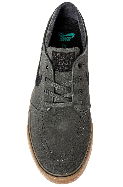 e70133a0923d Amazon.com  Nike Sb Zoom Stefan Janoski (Dark Base Grey Black-Gum Light  Brown) Mens Skate Shoes  Shoes