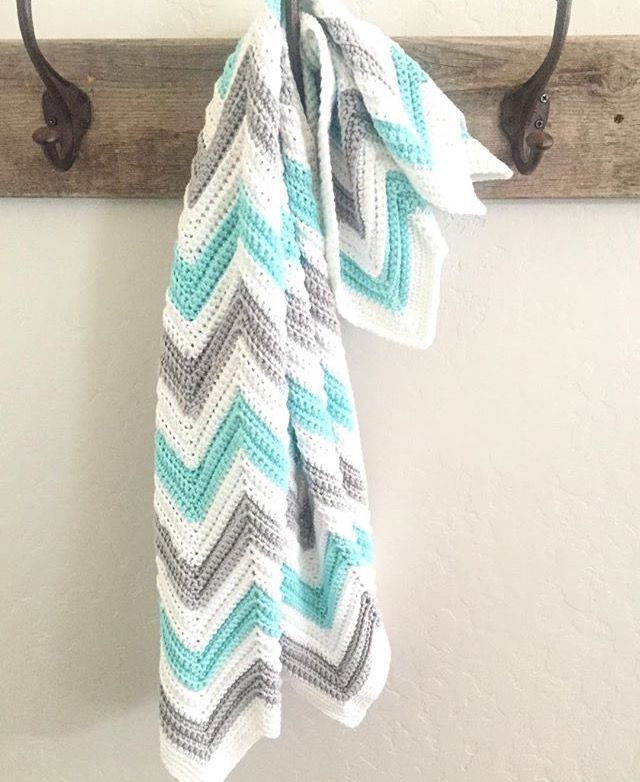 A crochet chevron blanket pattern consists of peaks and valleys. So ...