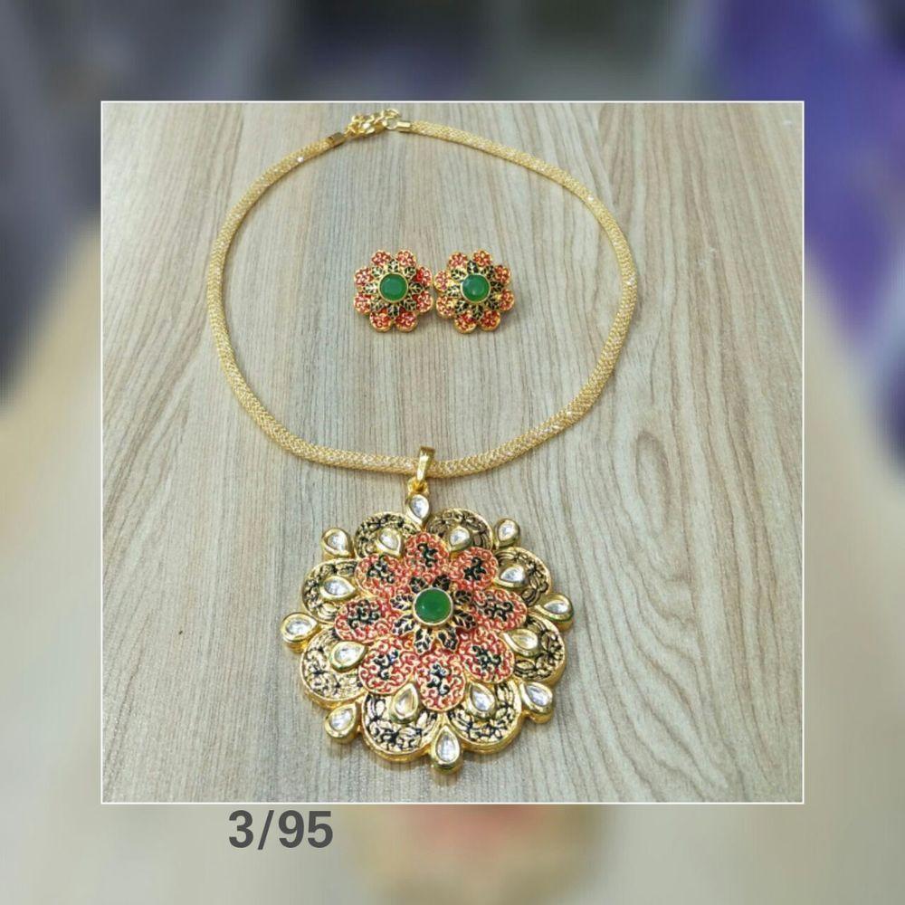 Kundan necklace plated flower bridal style zerconic set gold jewelry