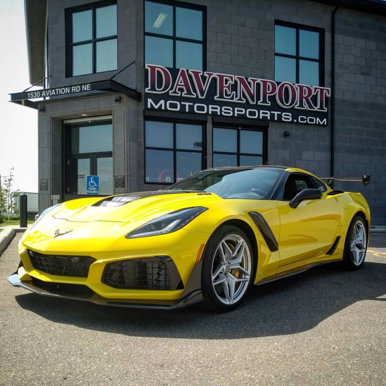 Chevrolet Corvette C7 Zr1 Painted In Racing Yellow Tintcoat Photo