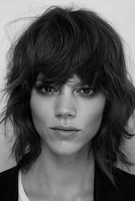 Épinglé par Marion Grange sur Black & White Cheveux