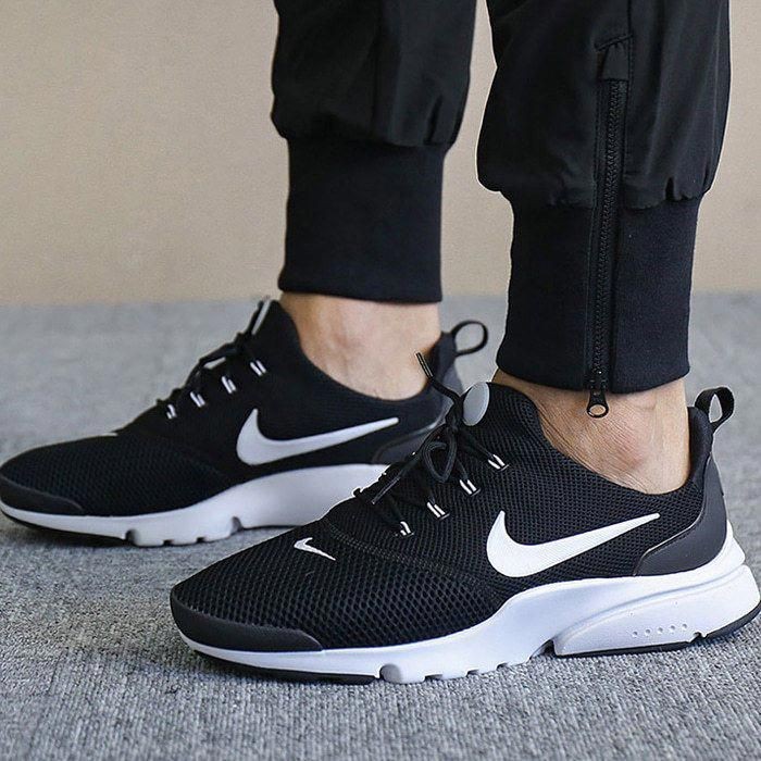 e9b8d67330 NIKE AIR PRESTO FLY BLACK & WHITE LIMITED EDITION SNEAKERS ALL SIZES ...