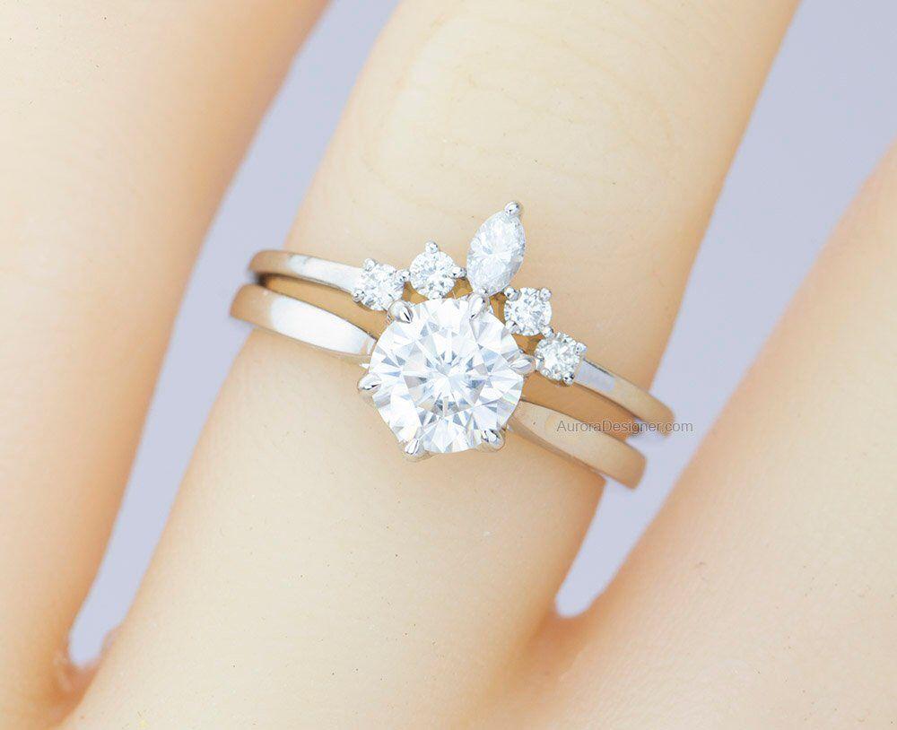 Round Marquise Diamond Ring 14k 18k Gold Platinum Pt950 Etsy In 2020 Crown Wedding Ring Vintage Engagement Rings Marquise Diamond Ring