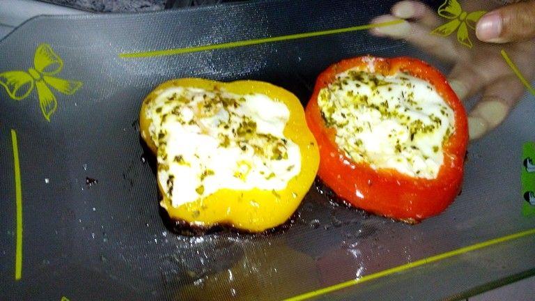 Pimentões com ovos.