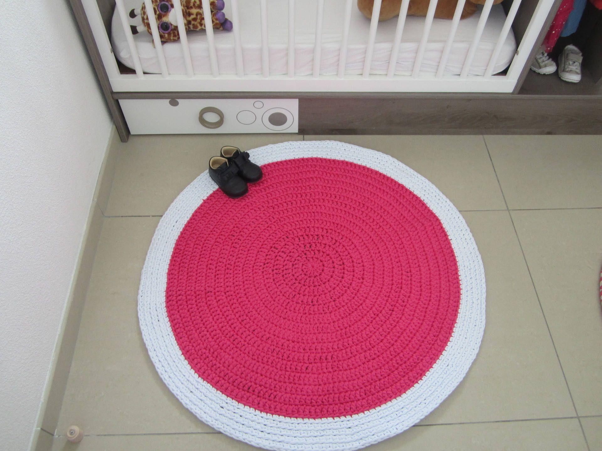 Baby crochet, rug carpet rug fuchsia and white for girl room ...