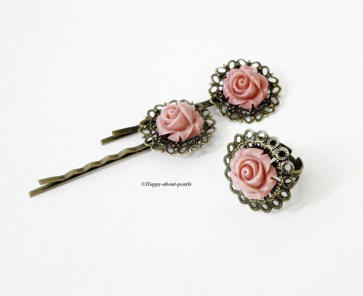 1 Ring, 2 Haarnadeln in bronze - apricot ............  Bezauberndes filigranes Vintage Set bestehend aus einem Ring und zwei Haarnadeln.