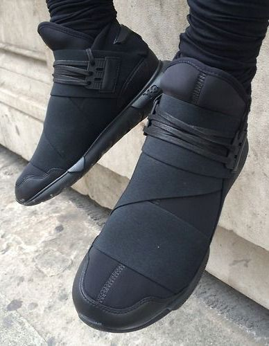 Modern and Sleek Black Adidas Y3 Qasa High Top Sports Sneakers Sports Shoes  For Men 92b652045