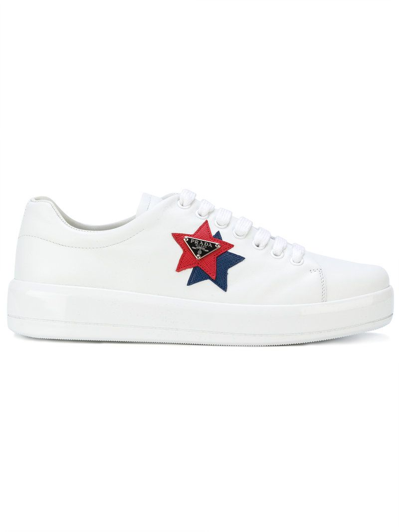 logo patch sneakers - White Prada 2OWnCmteF8