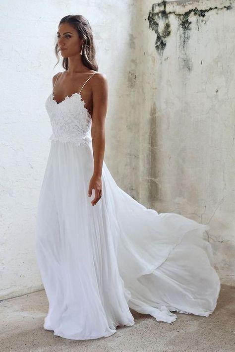 Boho Beach Wedding Dresses Sexy Summer Spaghetti Straps Open Backs Lace White Gown
