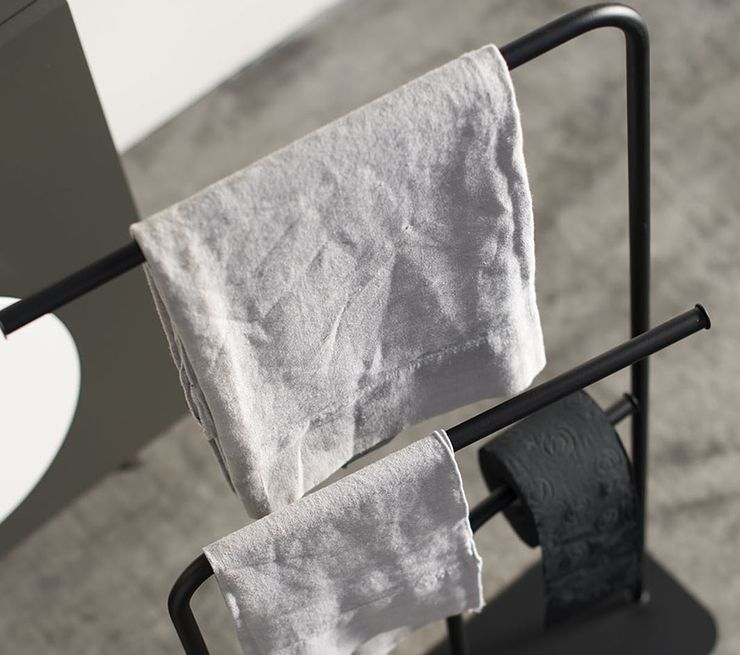 Ex-t - porte serviette Gru noir, salle de bain scandinave épuré - porte serviette salle de bain design