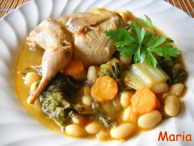 Judías con acelgas, espárragos y codornices. Ver receta: http://www.mis-recetas.org/recetas/show/34419-judias-con-acelgas-esparragos-y-codornices
