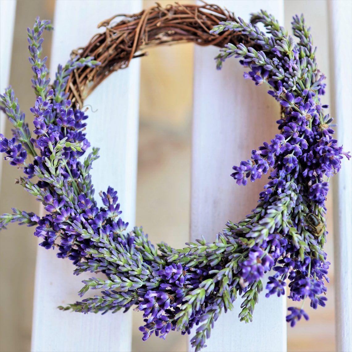 Photo of DIY krans laget av lavendel | I det røde Sverige-huset