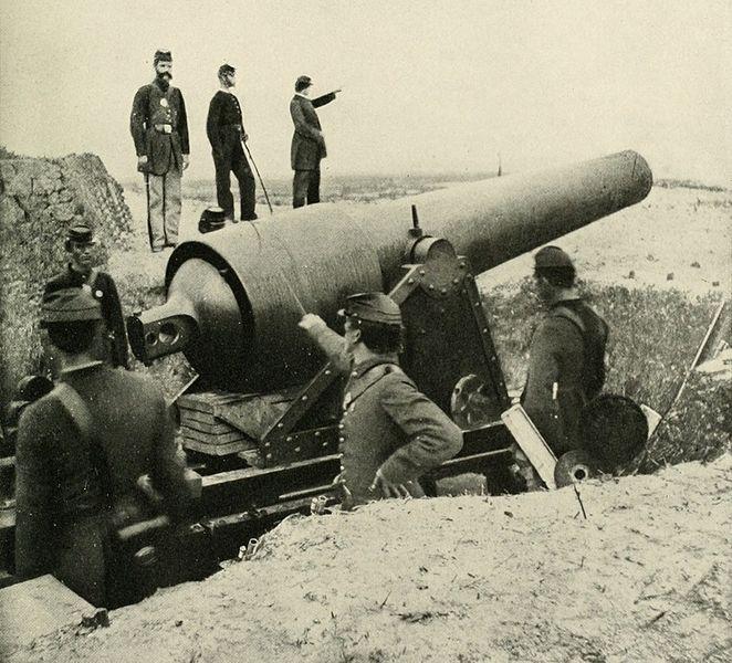 Large caliber artillery piece at Fort McAllister.