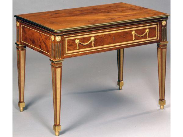 The Princely Furniture Of The Roentgens Med Bilder Mobel